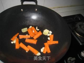 鲜鱿炒荷兰豆的做法_鲜鱿炒荷兰豆怎么做_莫言catlam的菜谱