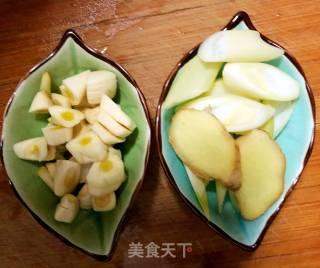扇贝柱炒青椒的做法_扇贝柱炒青椒怎么做_小榴莲妈妈的菜谱