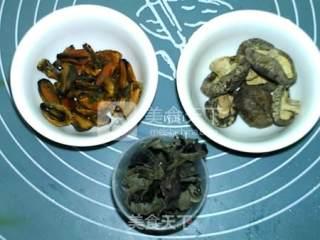 香菇木耳淡菜汤的做法_香菇木耳淡菜汤怎么做_食·色的菜谱
