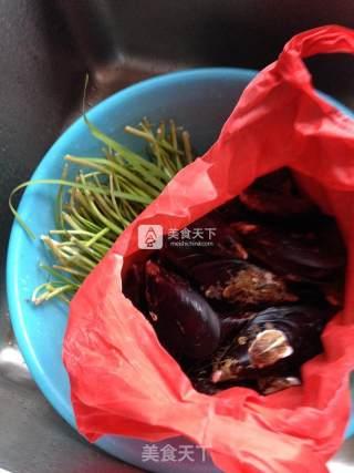 韭菜炒淡菜的做法_韭菜炒淡菜怎么做_甜心小娇妻的菜谱