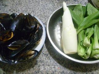 茭白淡菜炒青菜的做法_茭白淡菜炒青菜怎么做_花鱼儿的菜谱