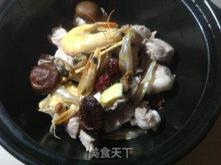 秋季滋润汤的做法_排骨海鲜汤---秋季滋润汤_秋季滋润汤怎么做_米粒92的菜谱