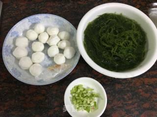 墨鱼丸煮龙须菜的做法_墨鱼丸煮龙须菜怎么做_爱烹饪D馋猫的菜谱