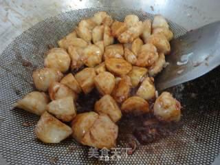 海鲜酱炒墨鱼丸的做法_海鲜酱炒墨鱼丸怎么做_金凤栖梧的菜谱
