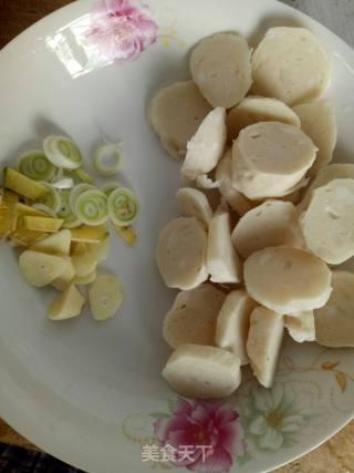 墨鱼丸炒土豆片的做法_墨鱼丸炒土豆片怎么做_琉璃阁的菜谱
