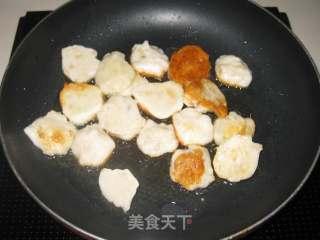 墨鱼丸炒花菜的做法_墨鱼丸炒花菜怎么做_京京~的菜谱