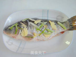 糖醋鲤鱼的做法_【糖醋鲤鱼】--- 年年有余_糖醋鲤鱼怎么做_诗心的菜谱