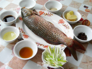 清蒸鲤鱼的做法_清蒸鲤鱼怎么做