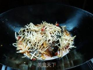 苤菜根烧鱼的做法_苤菜根烧鱼怎么做_清欢的烟火生活的菜谱