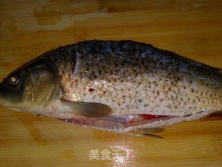 油泼鲤鱼的做法_油泼鲤鱼怎么做