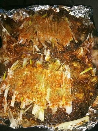 烤鲤鱼的做法_烤鲤鱼怎么做_痛苦的人生的菜谱
