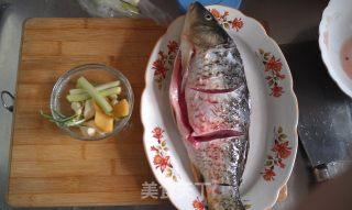 红烧鲤鱼的做法_红烧鲤鱼怎么做_一笑嫣然的菜谱