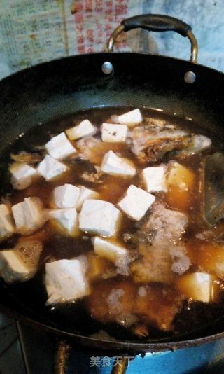豆腐粉条大鱼汤的做法_豆腐粉条大鱼汤怎么做_可爱的绿茶的菜谱