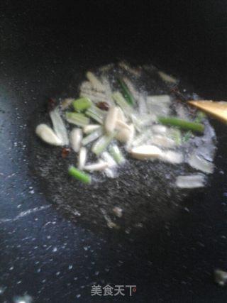酱烧鲤鱼的做法_酱烧鲤鱼怎么做_小帅厨娘的菜谱