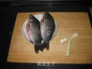 雪碧炖鱼的做法_雪碧炖鱼怎么做